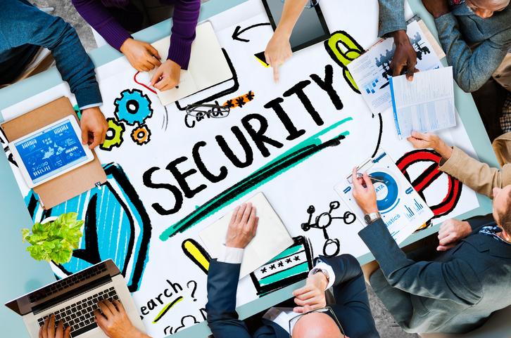Minister wil ICT opleidingen aanpakken: 'Cybersecurity wordt verplicht'