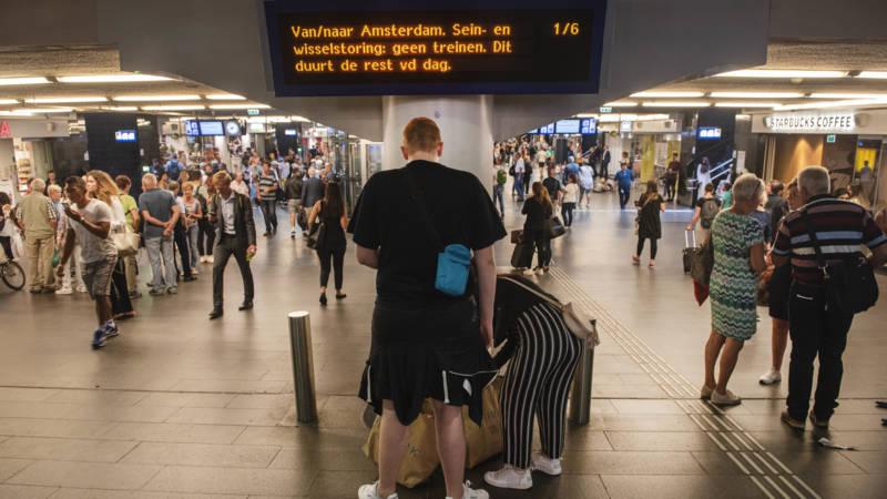 ProRail: grote treinstoring veroorzaakt door winkeldief en softwarefout