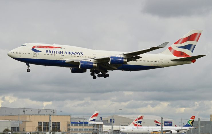 Gegevens 380.000 passagiers British Airways gestolen bij hack / British Airways boss apologises for 'malicious' data breach
