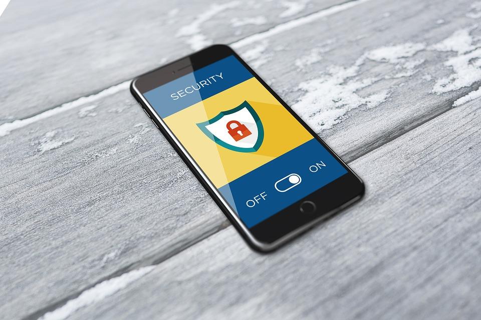 Politie ontvangt honderden meldingen over sms-phishing