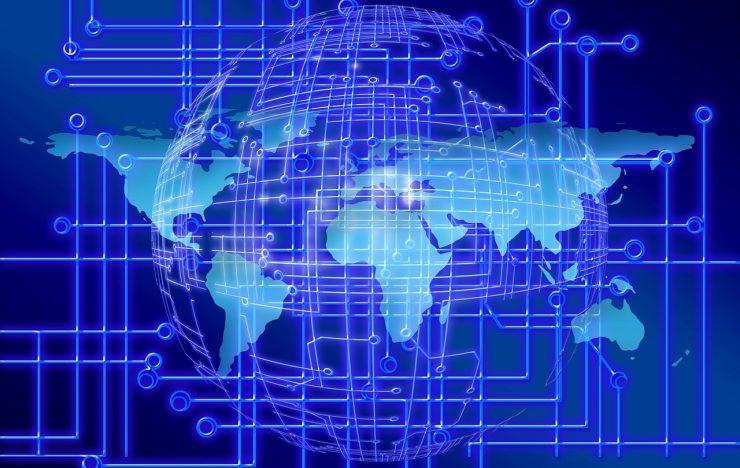 """Criminelen laten Linksys-routers naar """"corona-app"""" wijzen"""