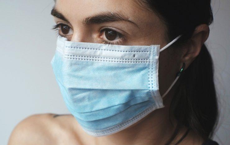 Slachtoffer van nepsite met mondkapjes voor 28.000 euro opgelicht